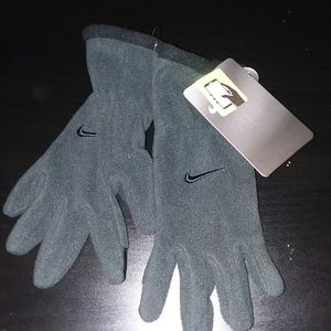 Youth Nike Gloves